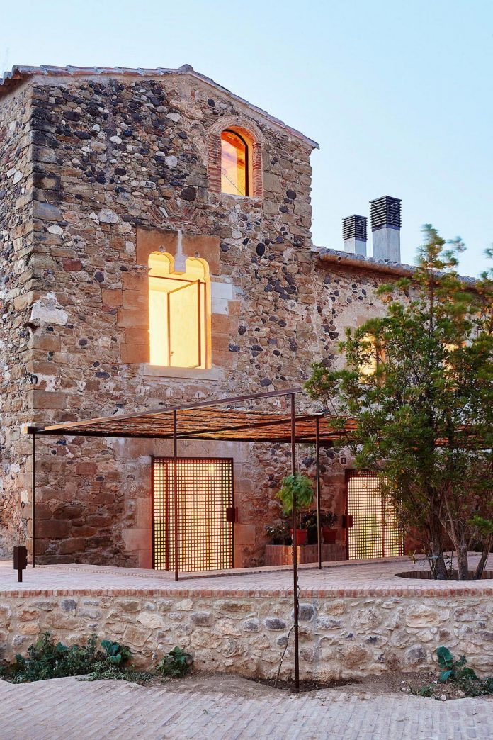 The refurbishment of a country house located in the for Spanish country houses