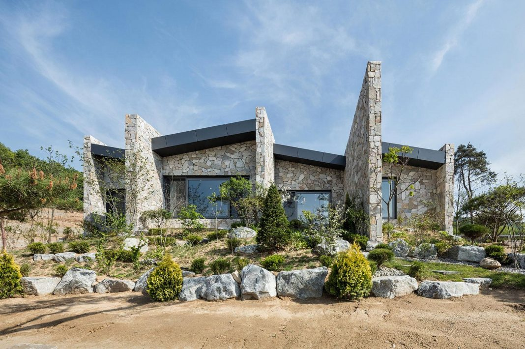 Stone-walled house designed in order to maintain residents' privacy