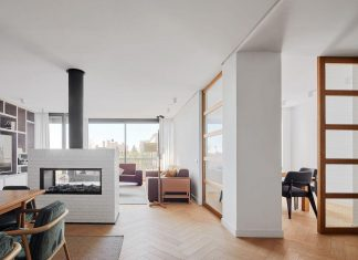 Stunning apartment designed by Conti. Cert Arquitectos in Barcelona