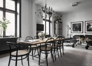 Fredrica designed a black & white contemporary Scandinavian style apartment in Stockholm