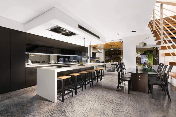 Carrera By Design Created A Spectacular Interior Combining Different Materials In Colors Such As White Black And Natural Wood