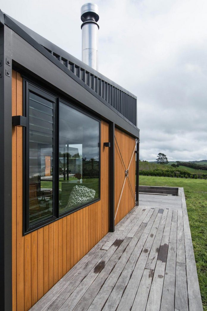 Holiday home in new zealand which reflects a place where for Holiday home designs new zealand