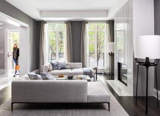 Laura Hay Decor & Design has completed this luxury and elegant townhouse that is located in Toronto, Canada