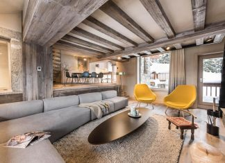 Méribel chalet mixes well the traditional look of an mountain home with a modern luxury interior design