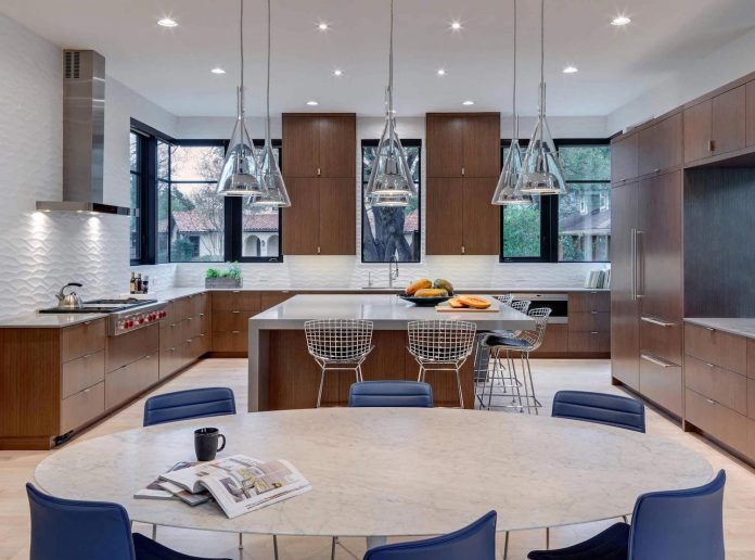 Preston hollow modern residence by linda fritschy interior for Prefab kitchens prestons