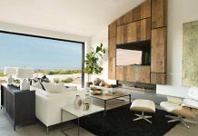 Spyglass Hill: chemistry created between the comfort colors in the interior and the surrounding waterfront