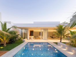 Ancha House: single floor modern house designed to offer full privacy to its inner courtyard
