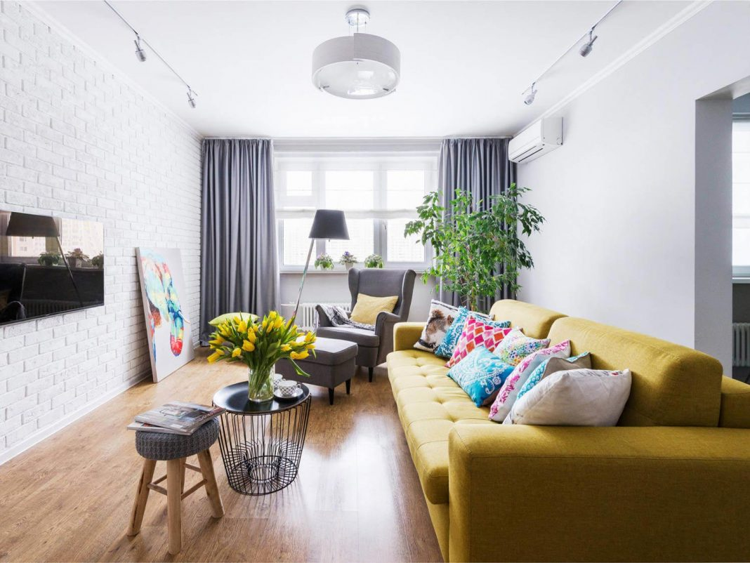 Chic Apartment Design With A Touch Of Different Coloraterials Create Warm And Cozy