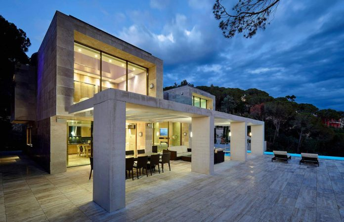 Roca Grossa Modern Beige Villa With A Touch Of
