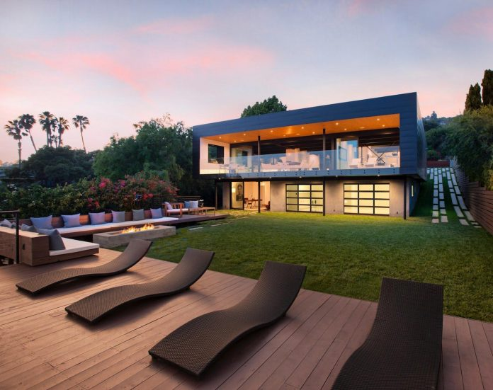 Ultramodern home with breathtaking views designed by ANACAPA architects
