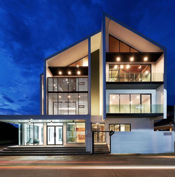 Building with a modern style that combines with the tropical climate of Thailand