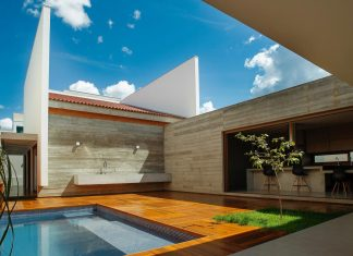 Contemporary home that would rescue some values of human coexistence that had been lost through time