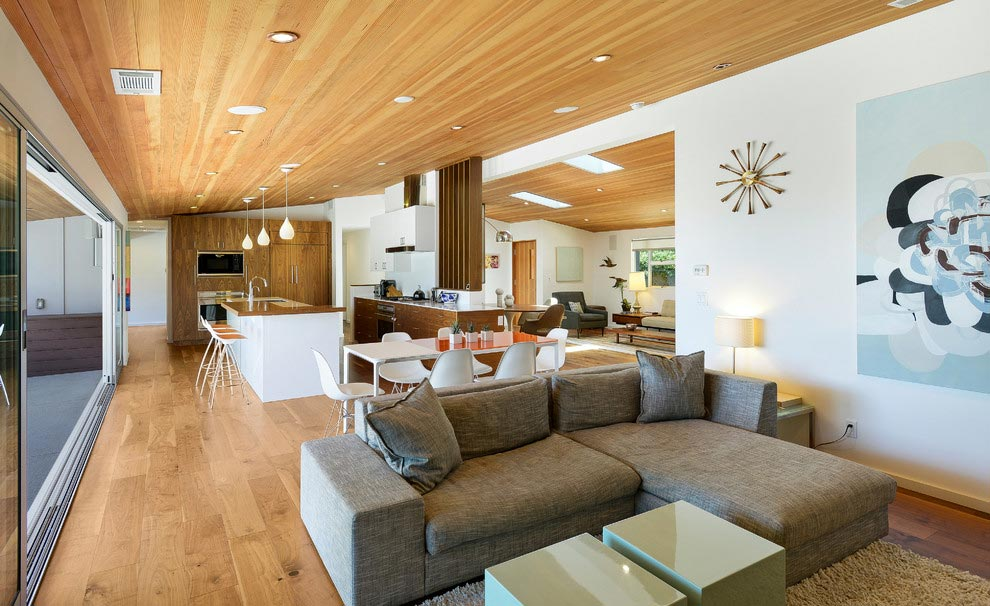Midcentury single-story house in Pacific Palisades designed to offer great relationship between the outdoor and indoor