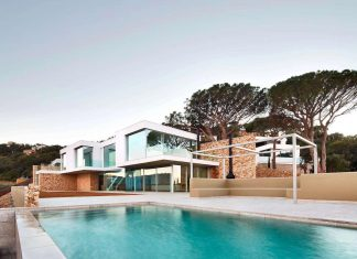 Modern Mediterranean house in Costa Brava is designed to offer panoramic sea views