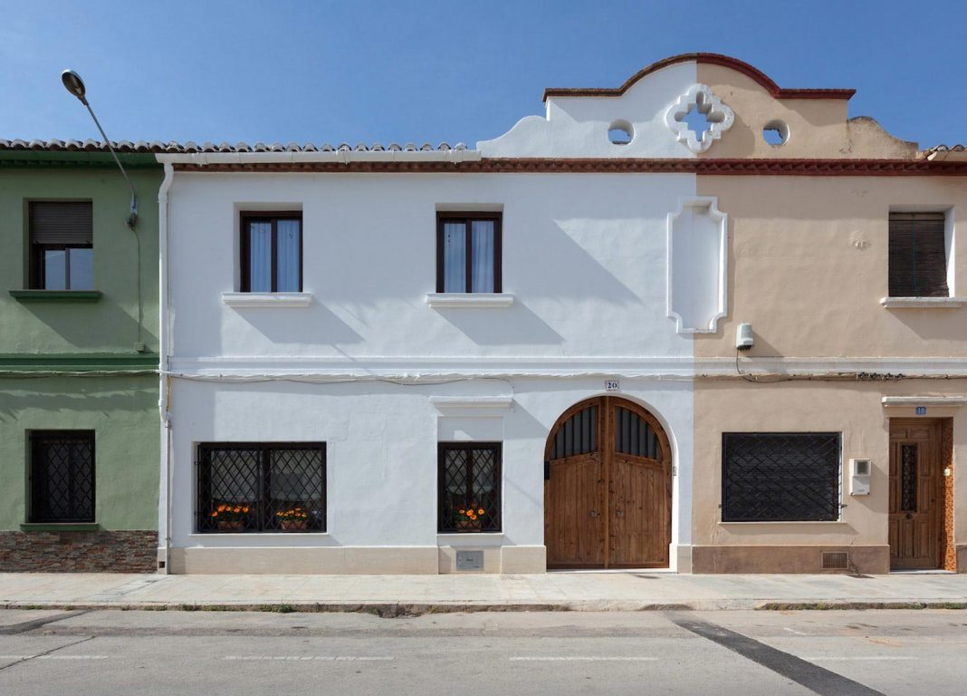 Refurbishment Of A House Where The Aesthetics Is Added To