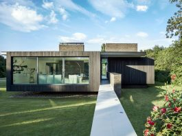 The Black House - a contemporary response to the region of Kent