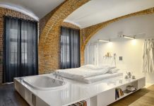 Brick apartment that reveals the architectural beauty of the cities built at the end of the 19th century