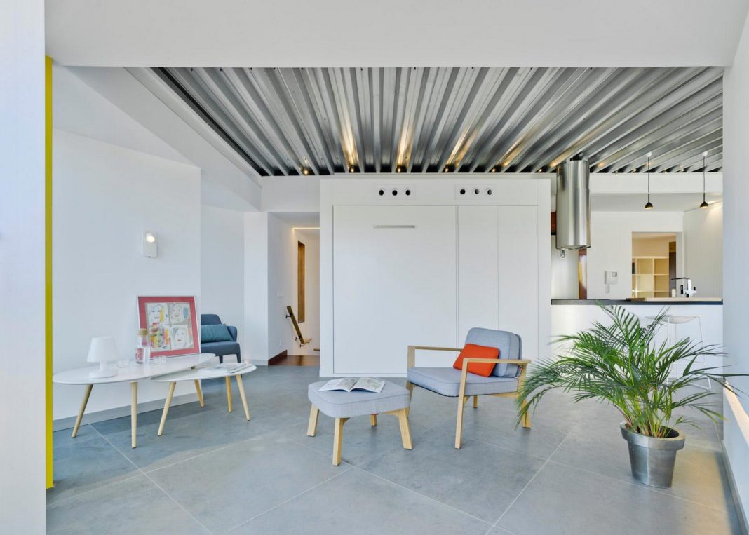 Penthouse that wants to recreate a space of enjoyment but, at the same time, versatile and flexible