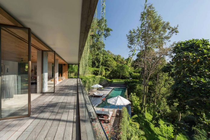 Chameleon Concrete House In Singapore Surrounded By Greenery Caandesign Architecture And