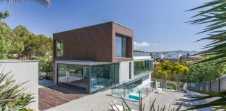 Great project surrounded by natural green areas near the sea