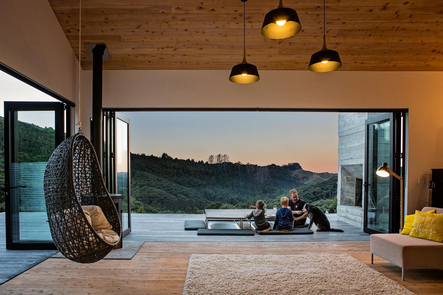 House Plays Uniquely Typology Back Country Hut High Level Workmanship 20