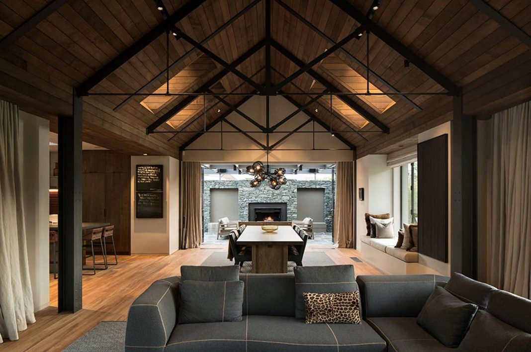 House that reflects traditional forms reminiscent of the South Island region of Arrowtown, New Zealand