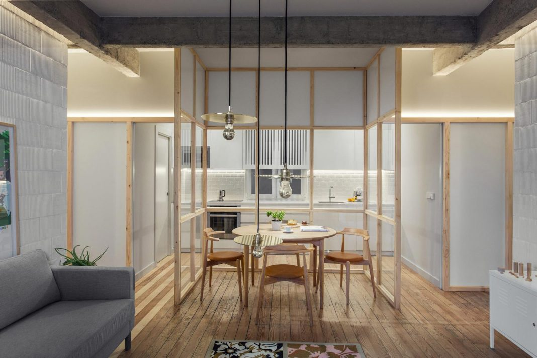 Refurbishment of an apartment where different pieces are visually connected yet offering the chance to become independent