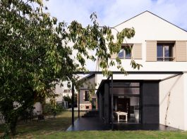 Transformation of a house that has a typical 30's style in a contemporary free adaptation of the house pattern