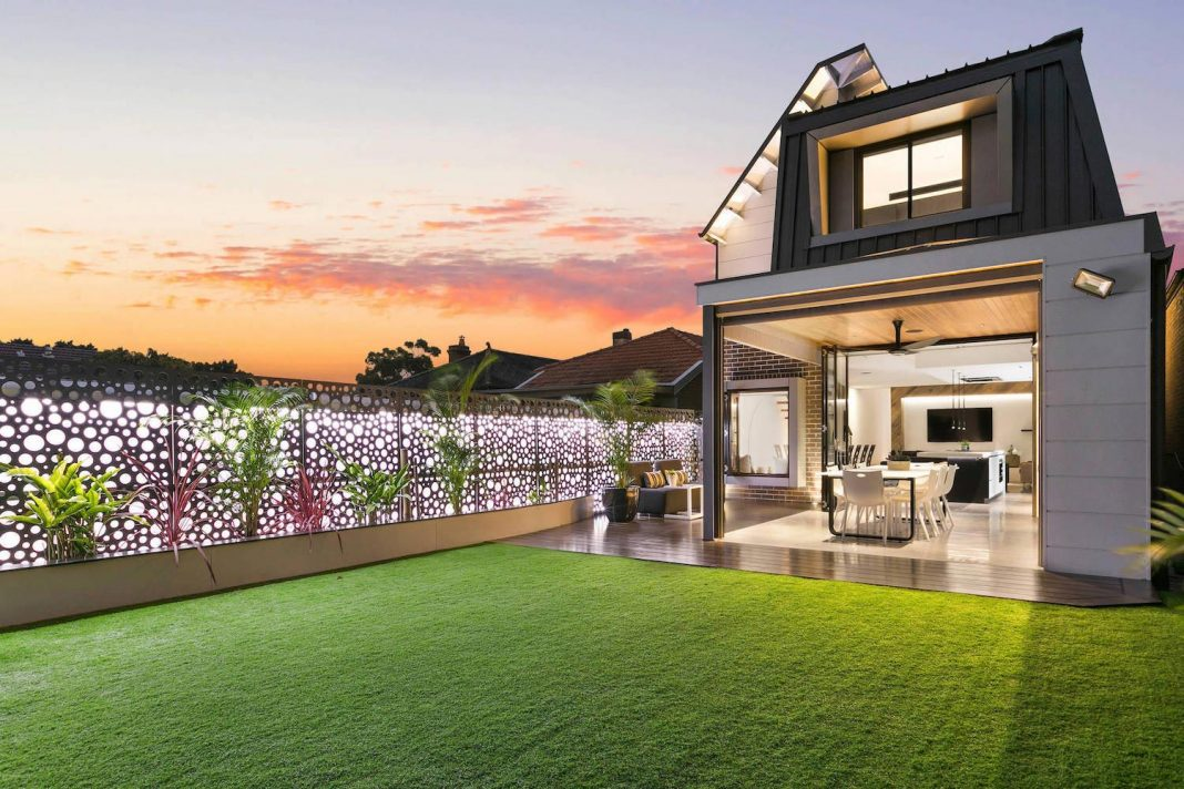 Contemporary two story house in chiswick australia by for Building a two story house