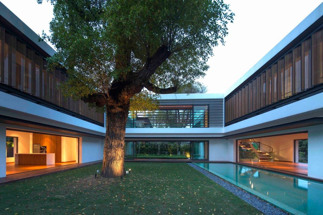 House located in one of the most exclusive areas of singapore home design