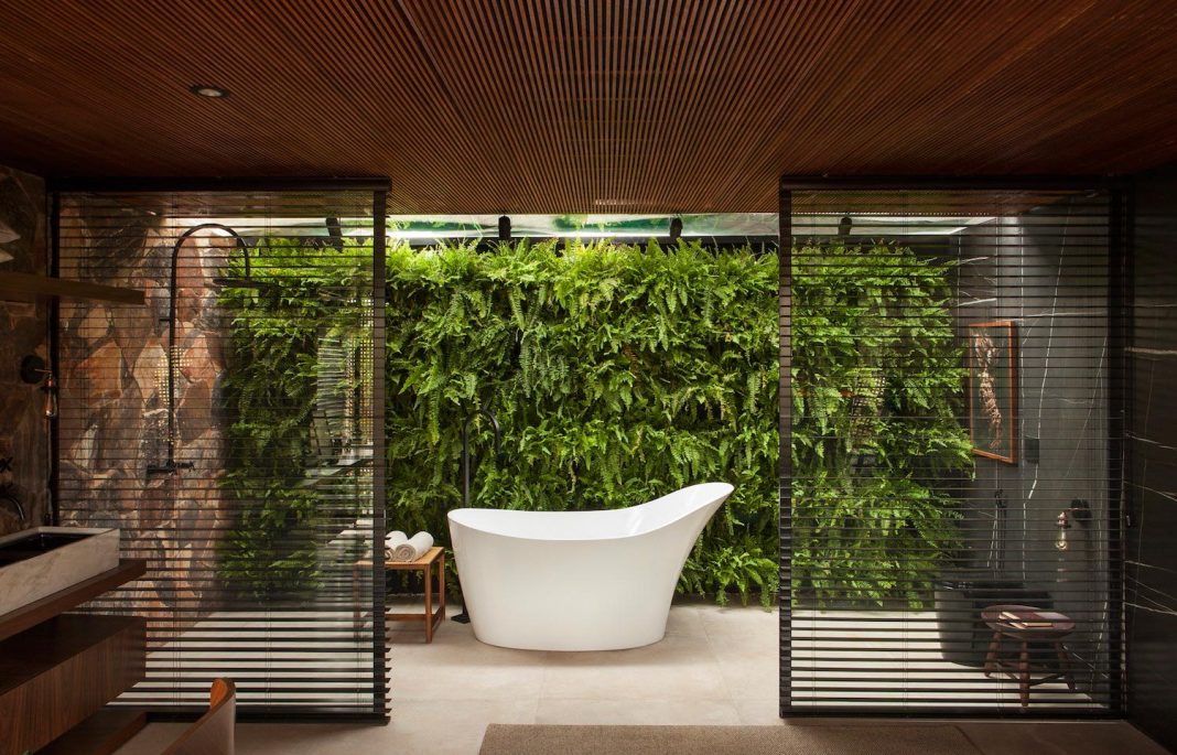 Refuge Characterized By Simple Features Purity Of Forms Integration With Nature And Use Home Design