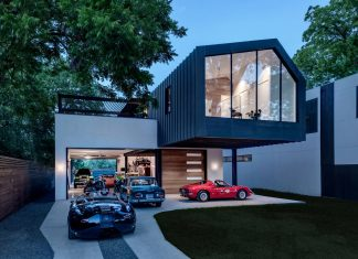 Matt Fajkus designs the Autohaus: a asymmetric house and showroom in central Texas