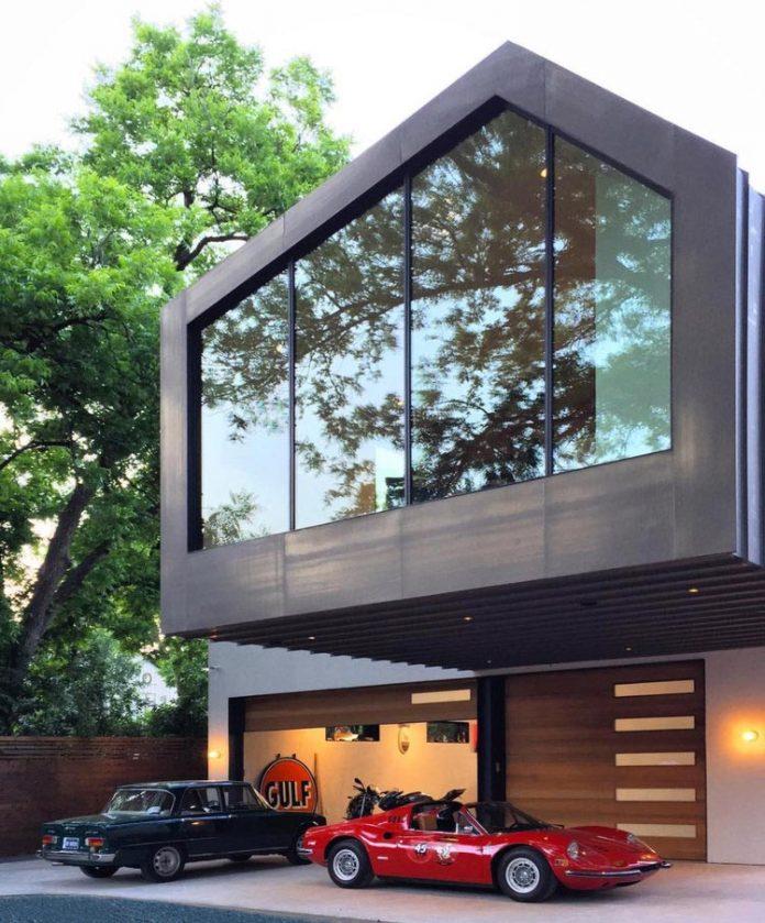 Matt Fajkus Designs The Autohaus: A Asymmetric House And