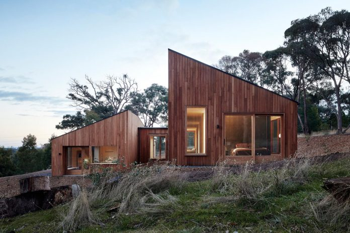 Two Halves House by Moloney Architects - CAANdesign | Architecture ...