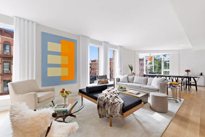 Warm contemporary apartment living in Park Slope, Brooklyn designed by Ash NYC