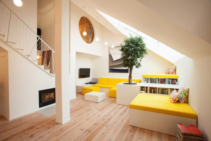 home design architects. Renovation of a flat built in the 90s attic an apartment by XTOPIX Home design news and projects  CAANdesign architecture home