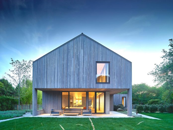 Maintenance-free house with longevity inside and outside by MB Architecture