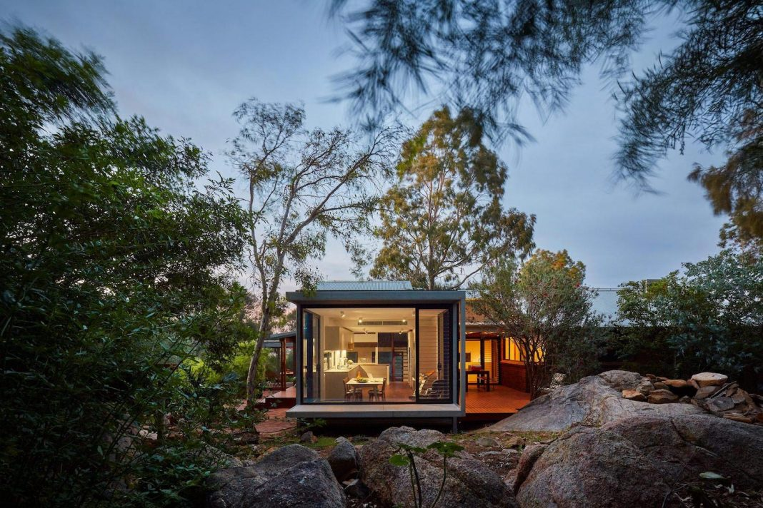 A restrained piece of contemporary design which transports the owners deep into the landscape itself