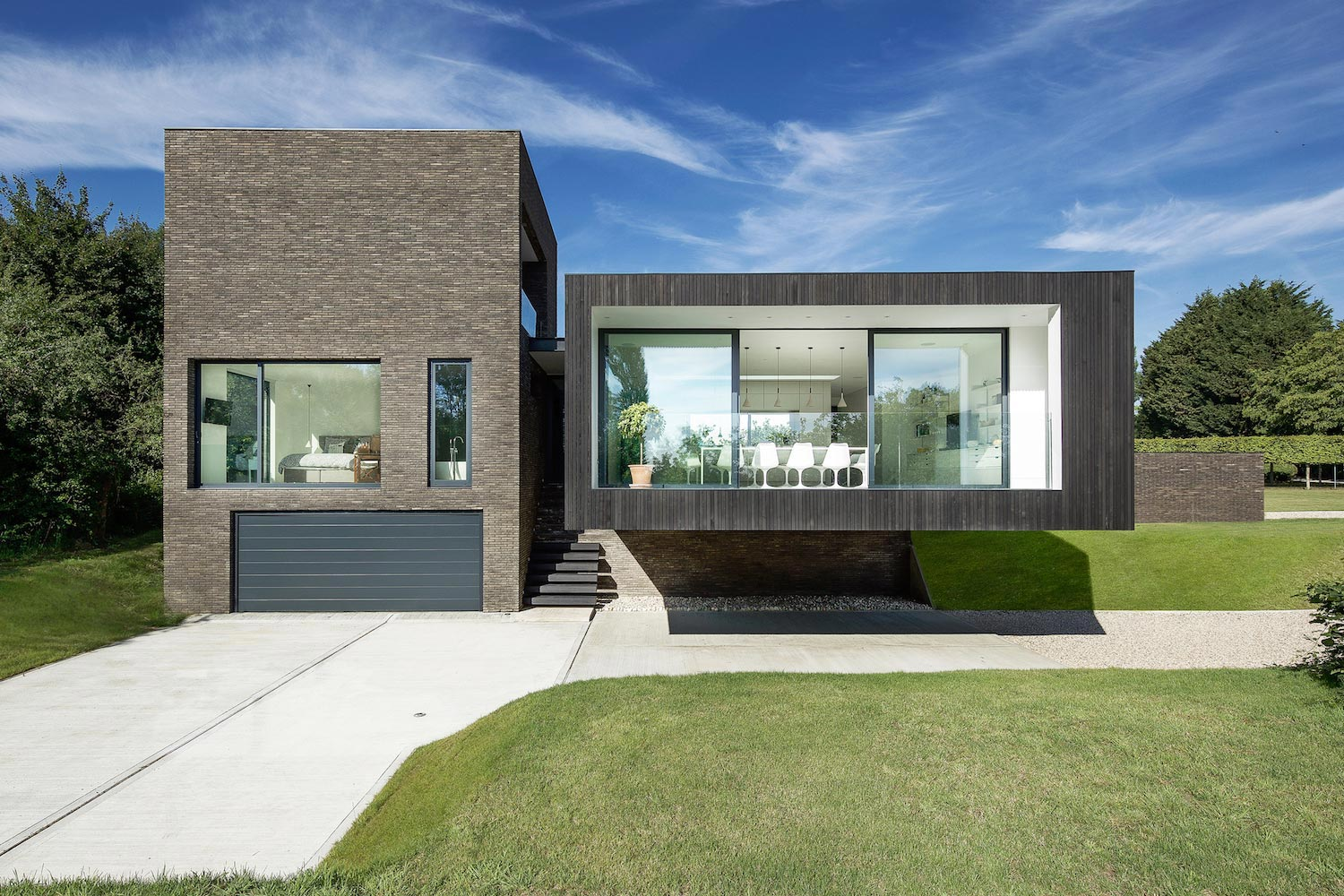 Contemporary Black House designed by by AR Design Studio and ...