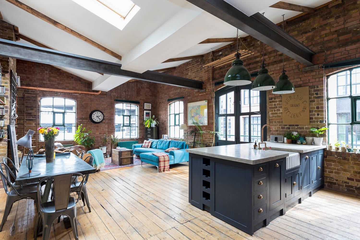 Shoreditch Industrial Penthouse Apartment Located In London By HouseUP