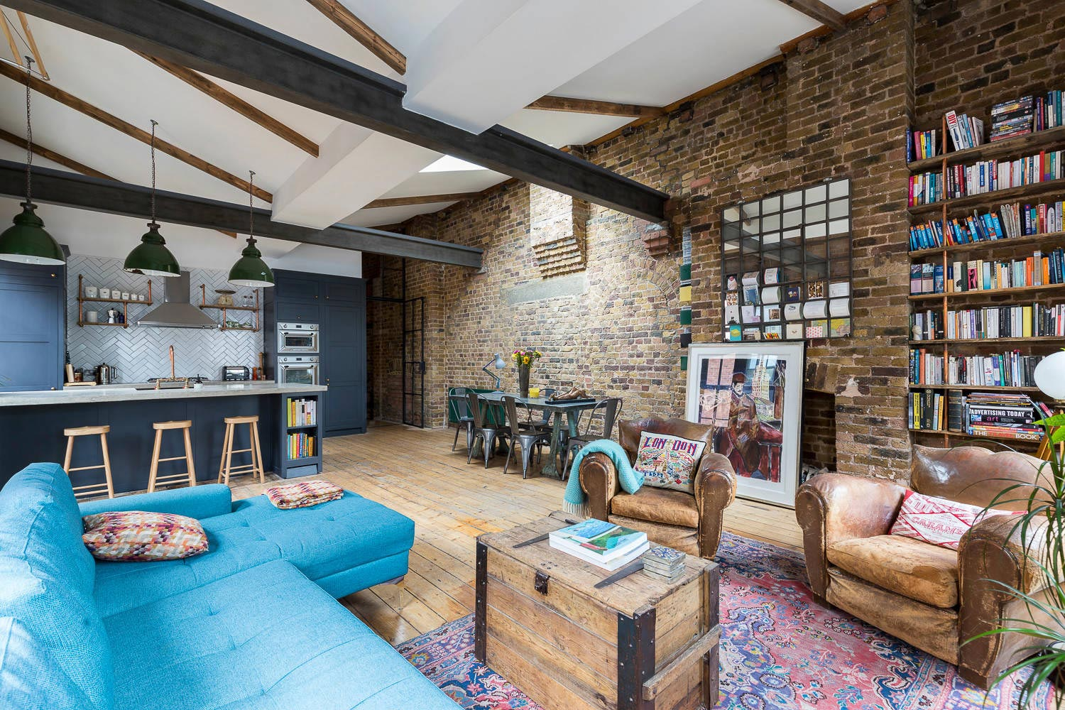 Shoreditch industrial penthouse apartment located in for Household design shoreditch