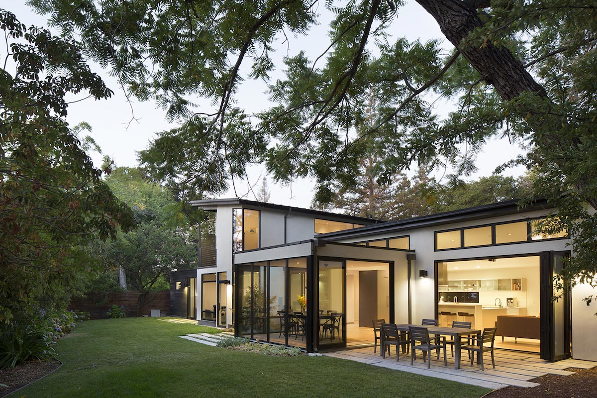 ... And Alternations Over The Years That Resulted In Awkward Spaces And  Confused Aesthetics. For The Remodel, The Architects Retained The Footprint  Of The ...