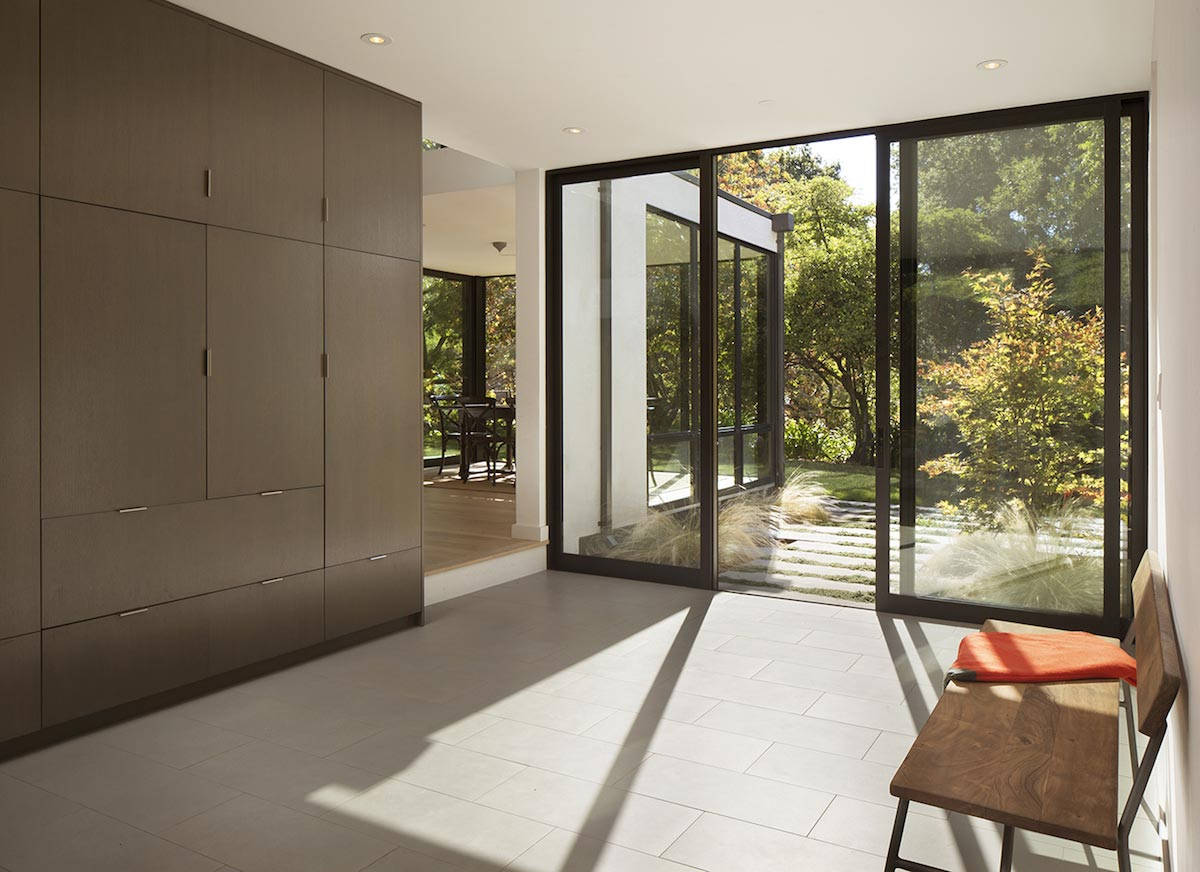 Redesign of an ranch style home in palo alto by feldman for Alto design architects
