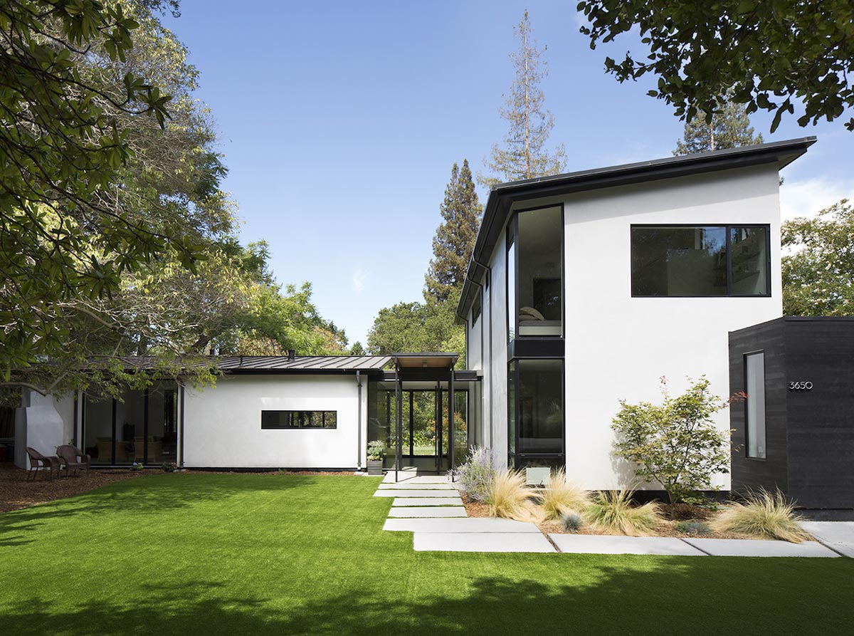 Redesign of an ranch style home in palo alto by feldman for Redesign your home exterior