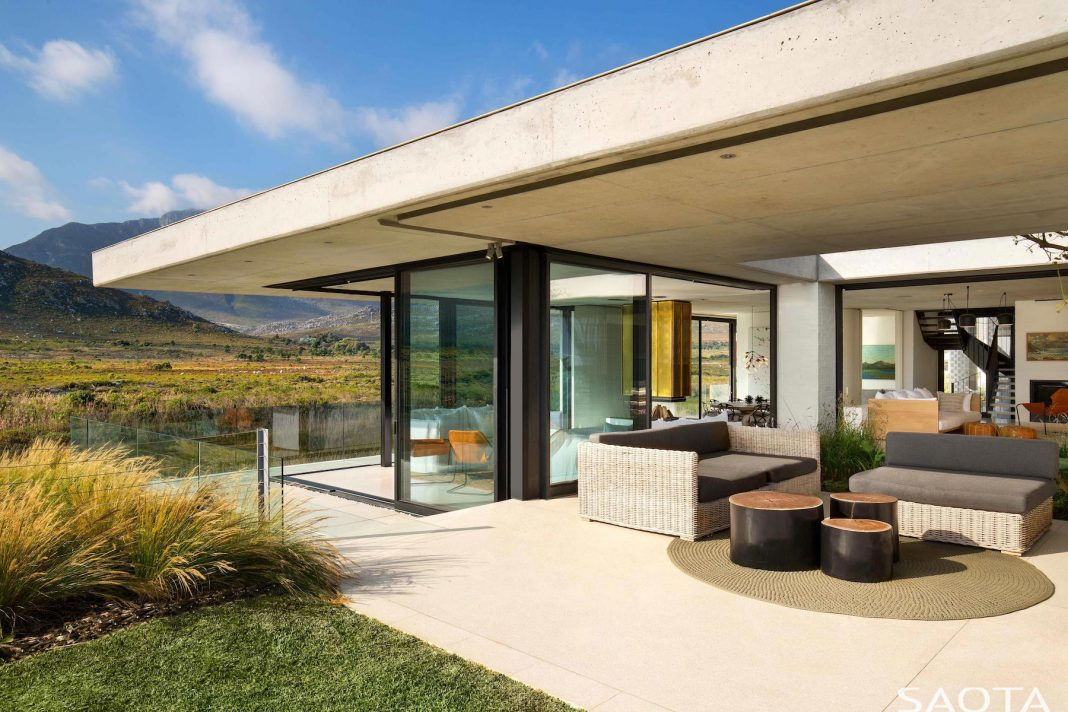Restio River House: Easy Living Yet Sophisticated Holiday Home In Pringle  Bay. Home Design