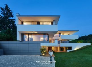 Contemporary two-story Wiesbaden house designed by Alexander Brenner Architects