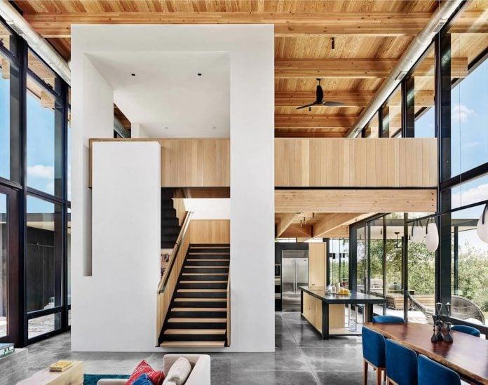 Llano Retreat by Michael Hsu and Laura Roberts Design