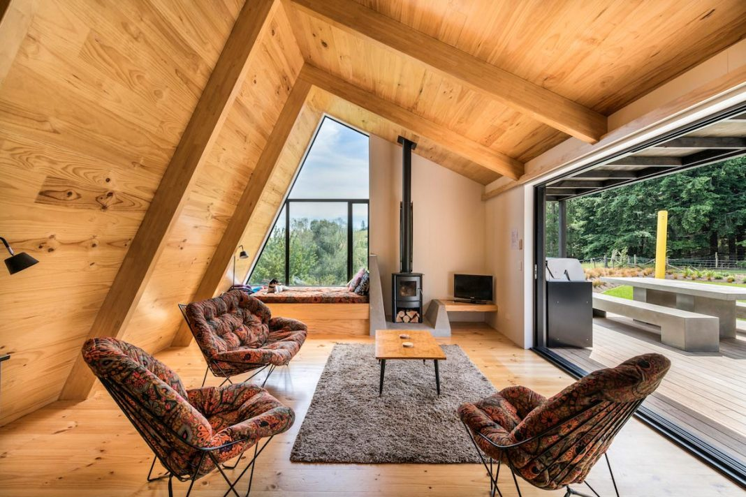 Retreat conceived as an inter-generational family asset by Cymon Allfrey Architects