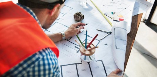 Interior Decorating Secrets: 4 Tips To Remember When Hiring A Contractor