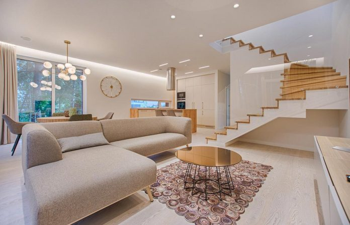 How To Maximise Space in a Studio Apartment